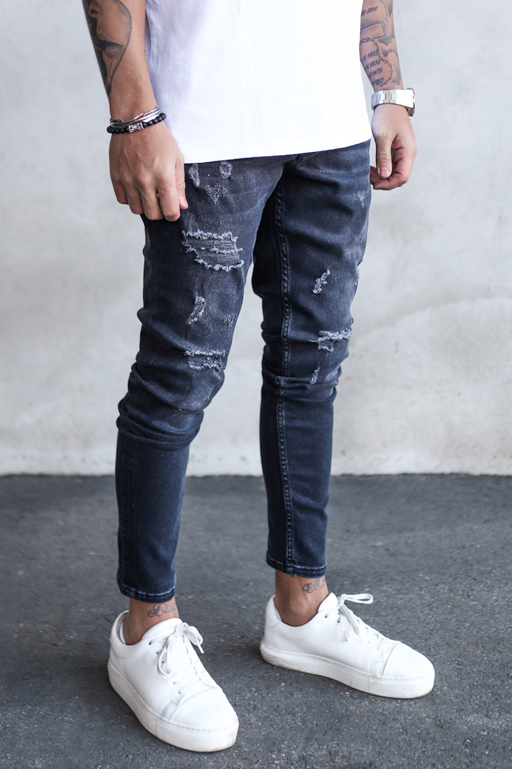 Destroyed Skinny Denim B5959