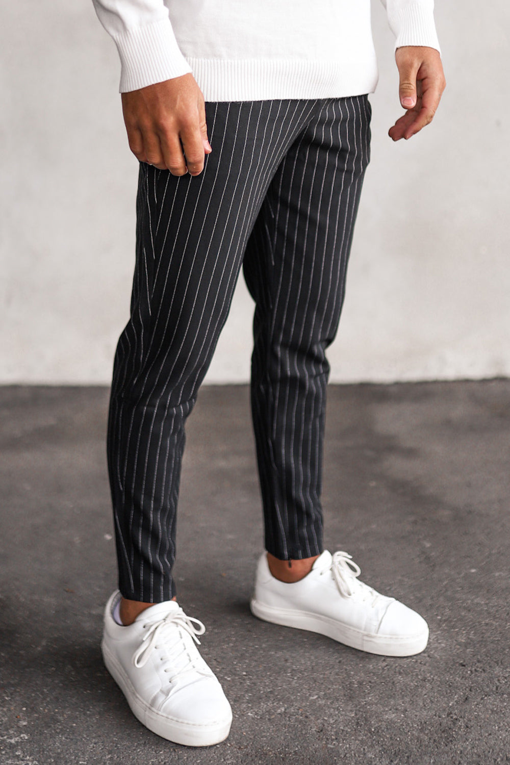 Cropped Pants Pinstripe P1044B