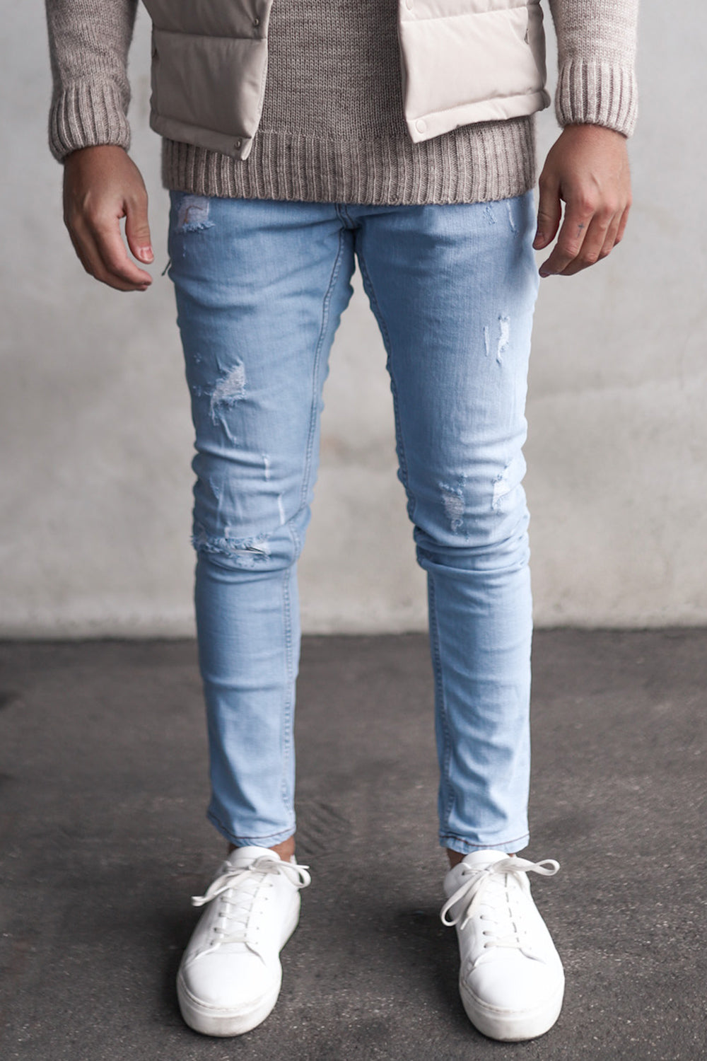 Destroyed Slim Fit Denim YY0028