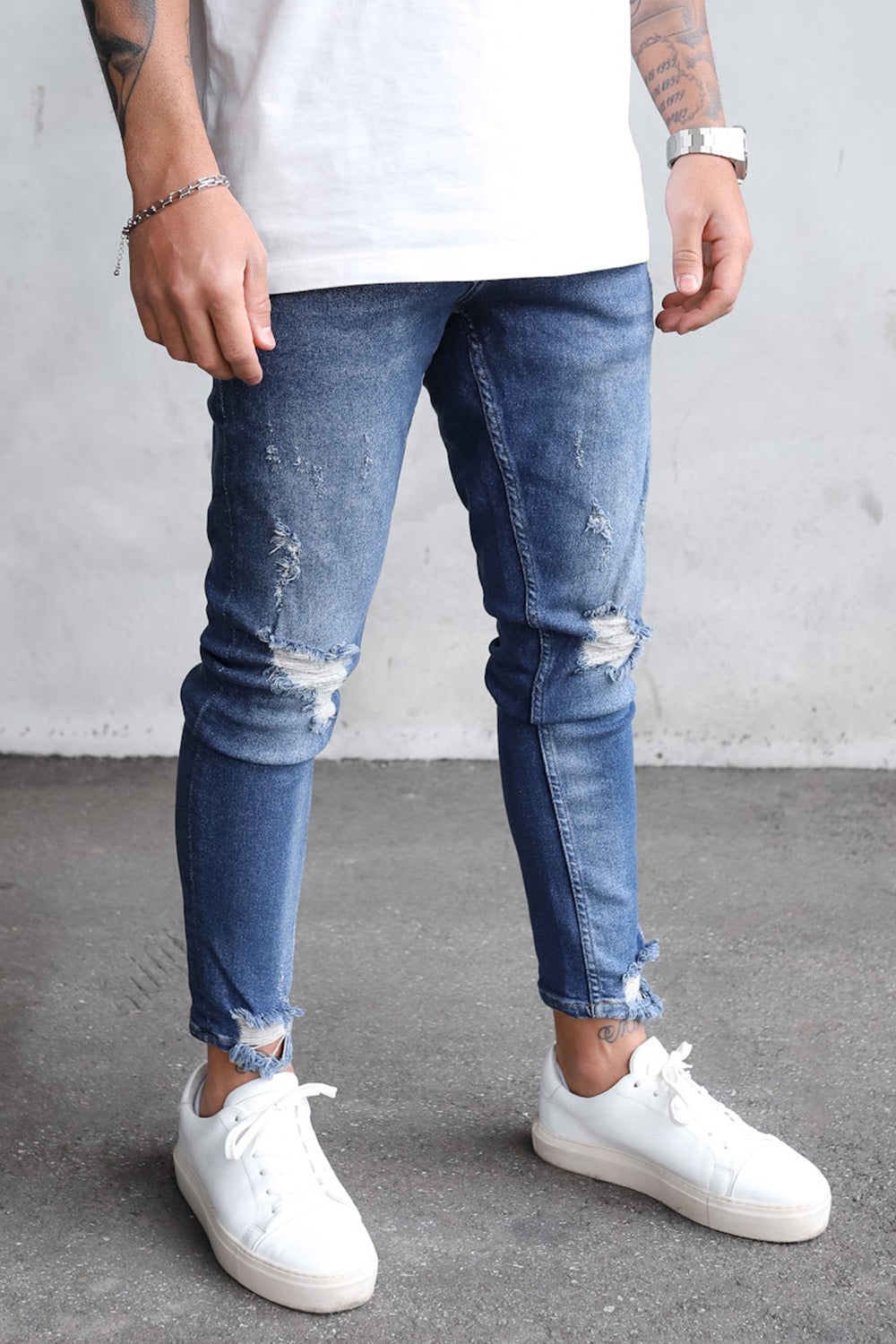 Destroyed Skinny Denim B6073