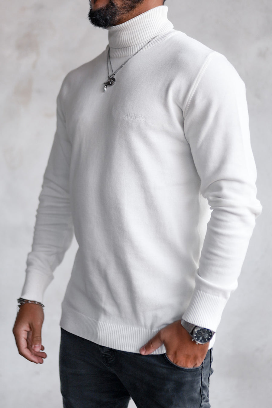 Knit Turtleneck K4001OW