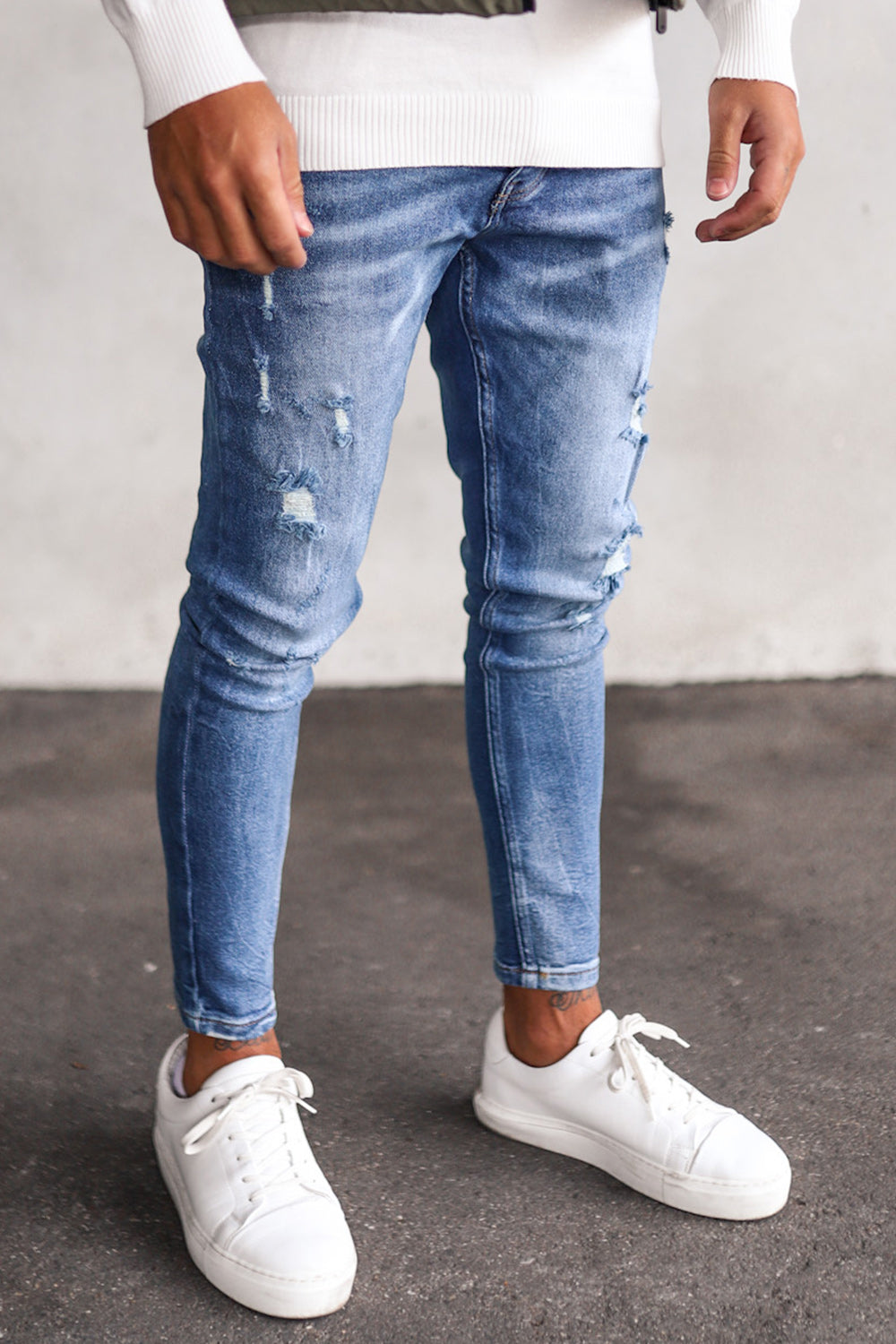 Destroyed Cropped Skinny Denim ES8012