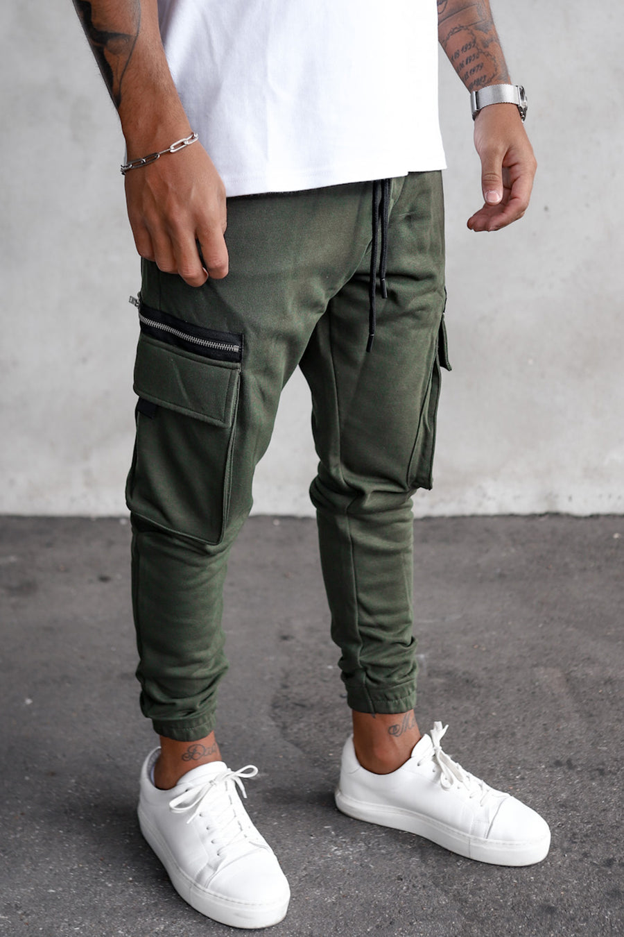 Cargo Sweat Pants With Zip Detail YY1000K