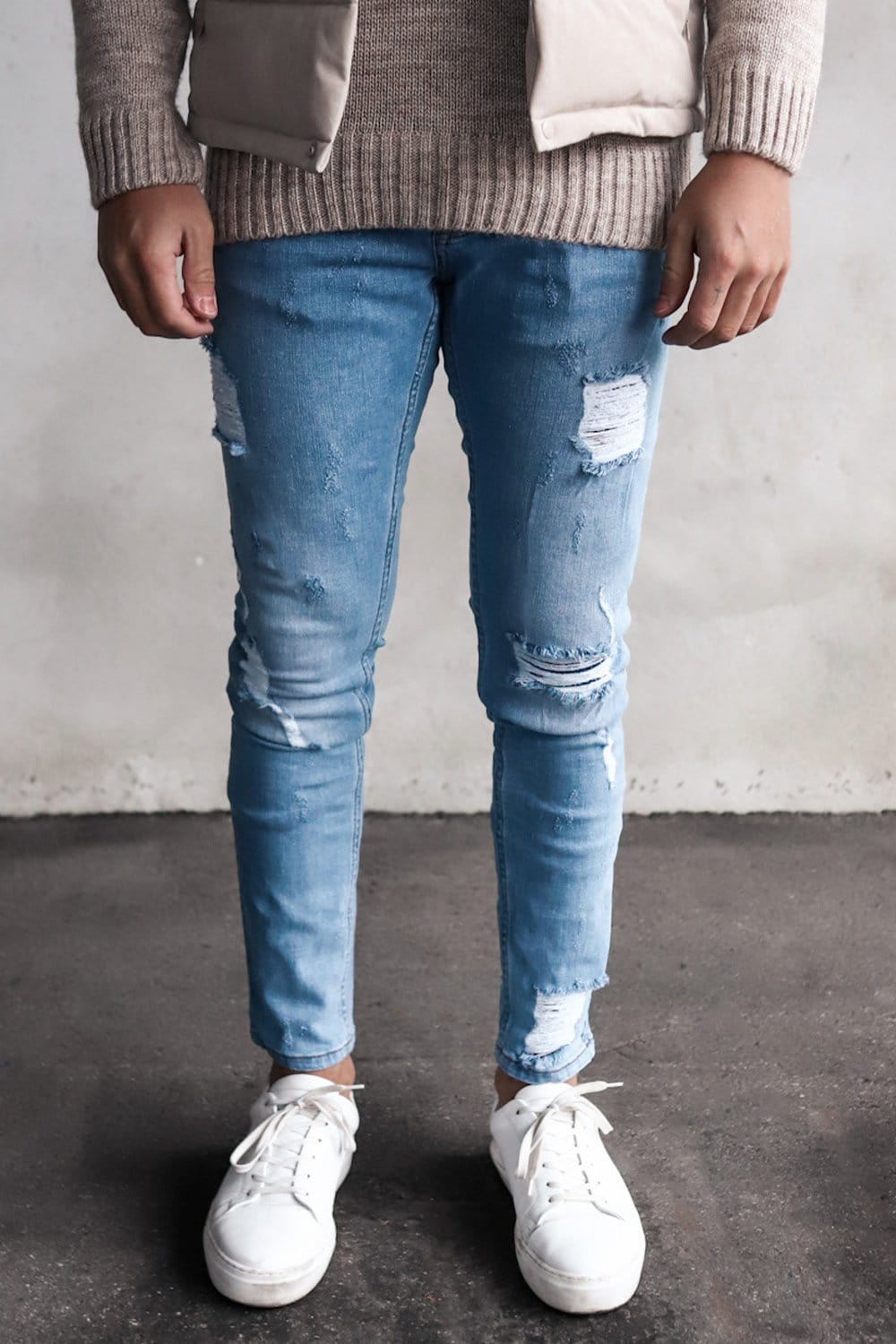 Destroyed Slim Fit Denim YY0029