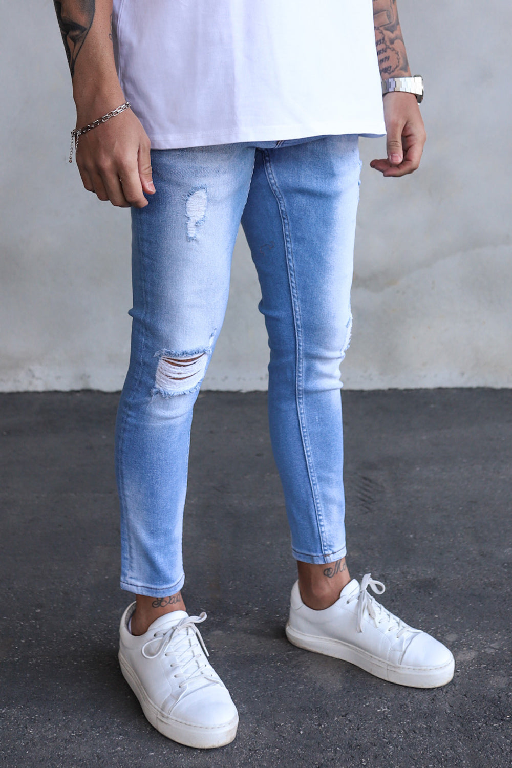 Destroyed Cropped Skinny Denim B6025