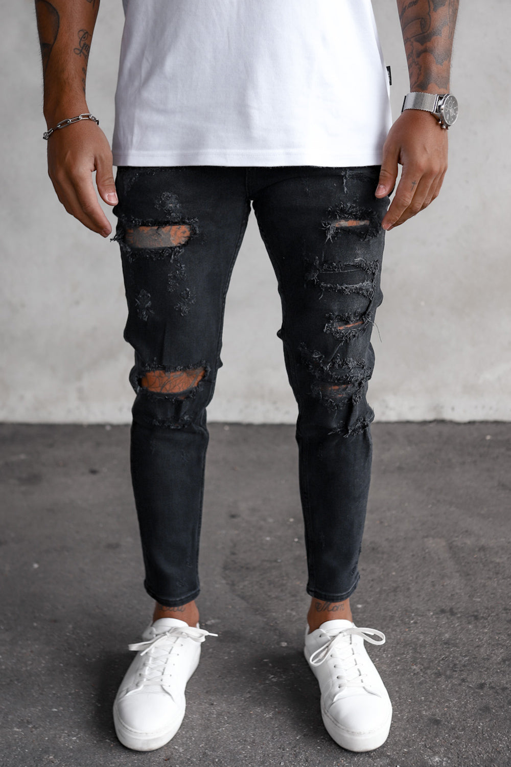Destroyed Skinny Cropped Denim i0051