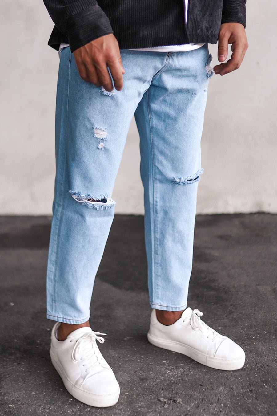 Destroyed Relaxed Denim B5413LB