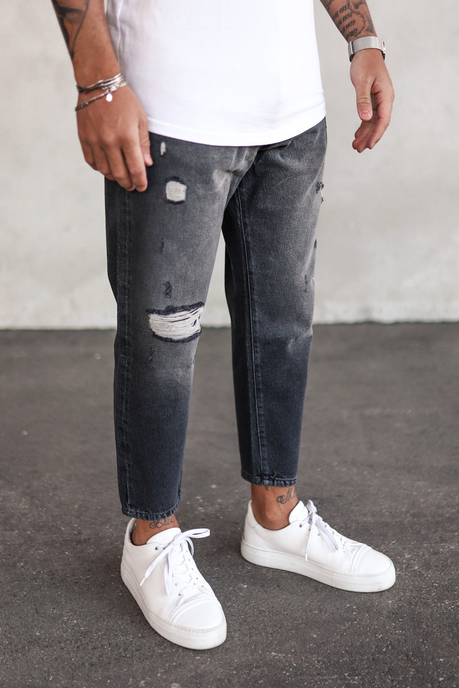Destroyed Relaxed Denim B5212