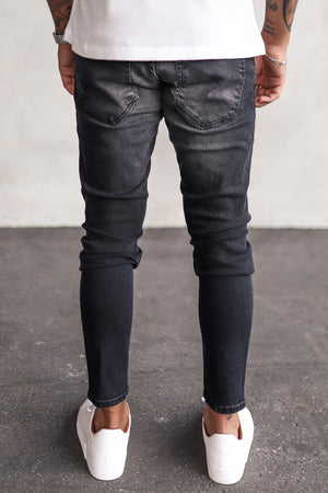 Destroyed Skinny Denim B5277