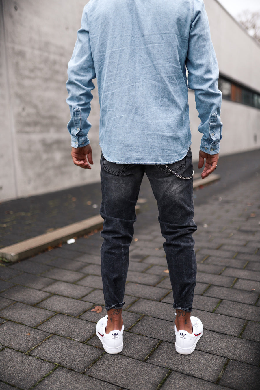 Destroyed Tapered Denim 4923
