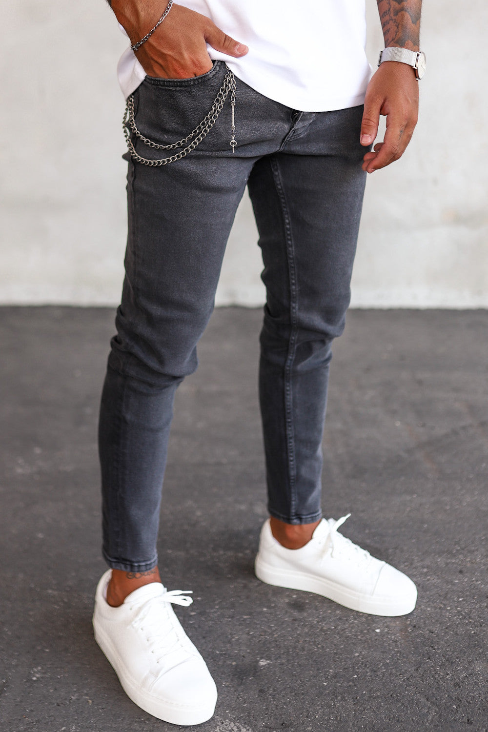 Basic Tapered Denim B5425