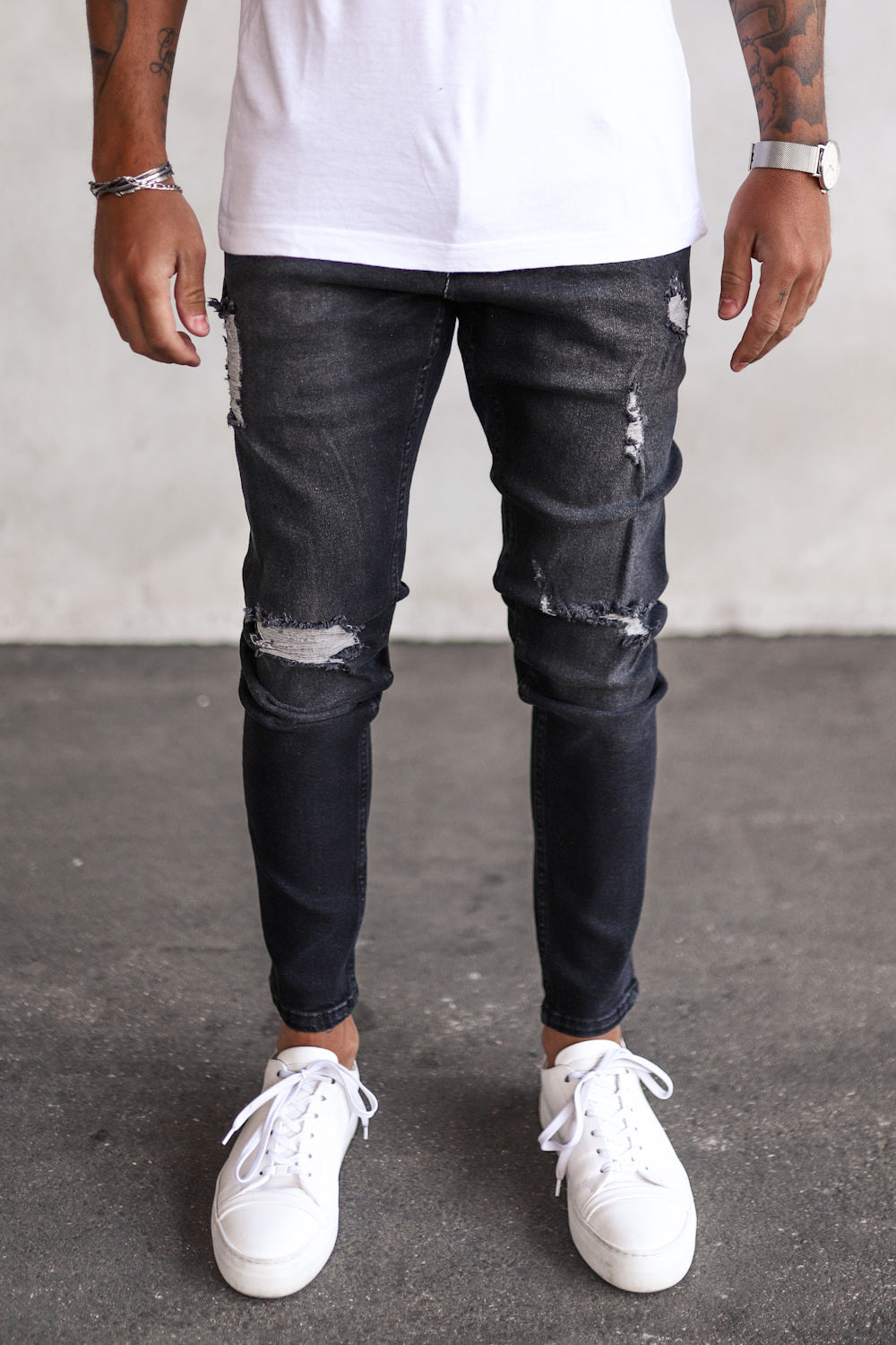 Destroyed Skinny Denim B5249