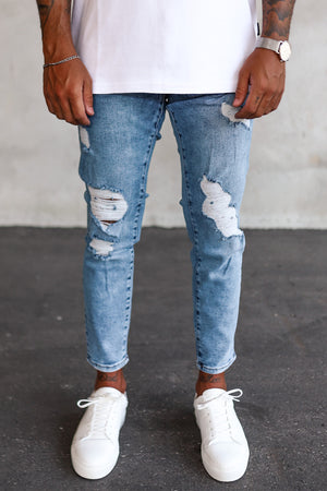 Destroyed Tapered Denim B5369