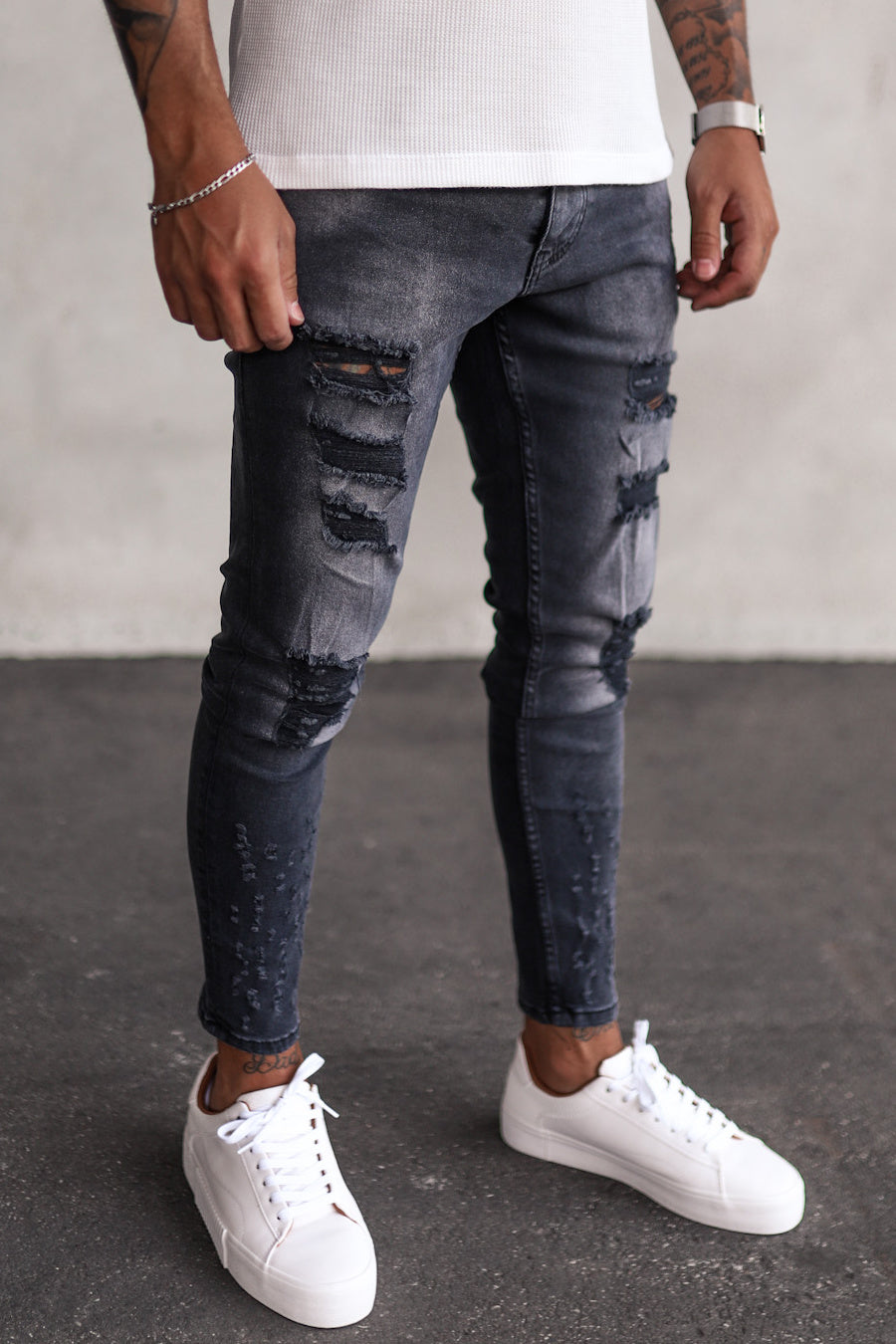 Destroyed Skinny Denim B5276