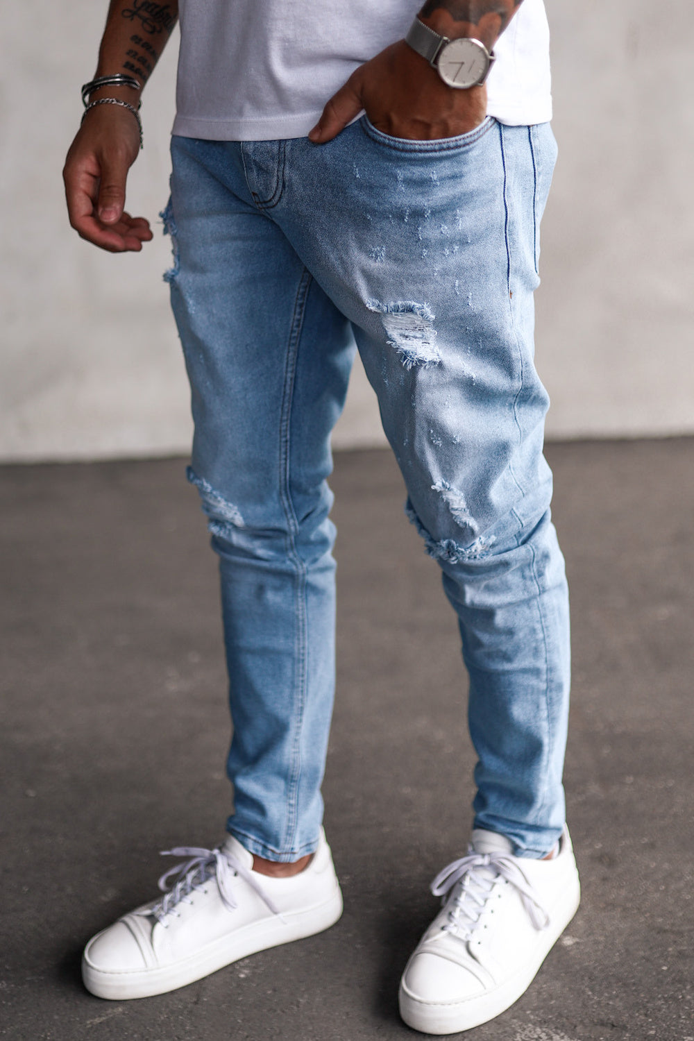 Destroyed Skinny Denim B5202-1