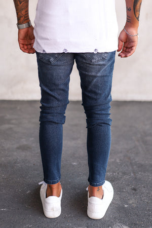Destroyed Skinny Denim B5252