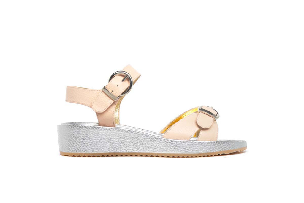 CASSYE blush pink and silver grained leather flanged sandals with a 4 cm sole. Walter Steiger, 2016 spring summer collection.