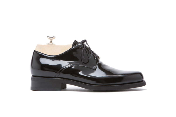 Derbies Veal Puy - Patent Color: Black Shape: 0269 Construction: Blake Rapid Made in Italy