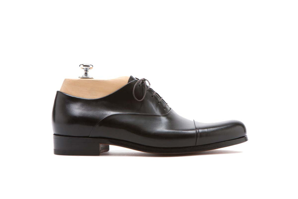 Derbies Veal Tiziano Color: Black Shape: 0657 Sole: Rendebach Construction: Goodyear Closed Made in Italy