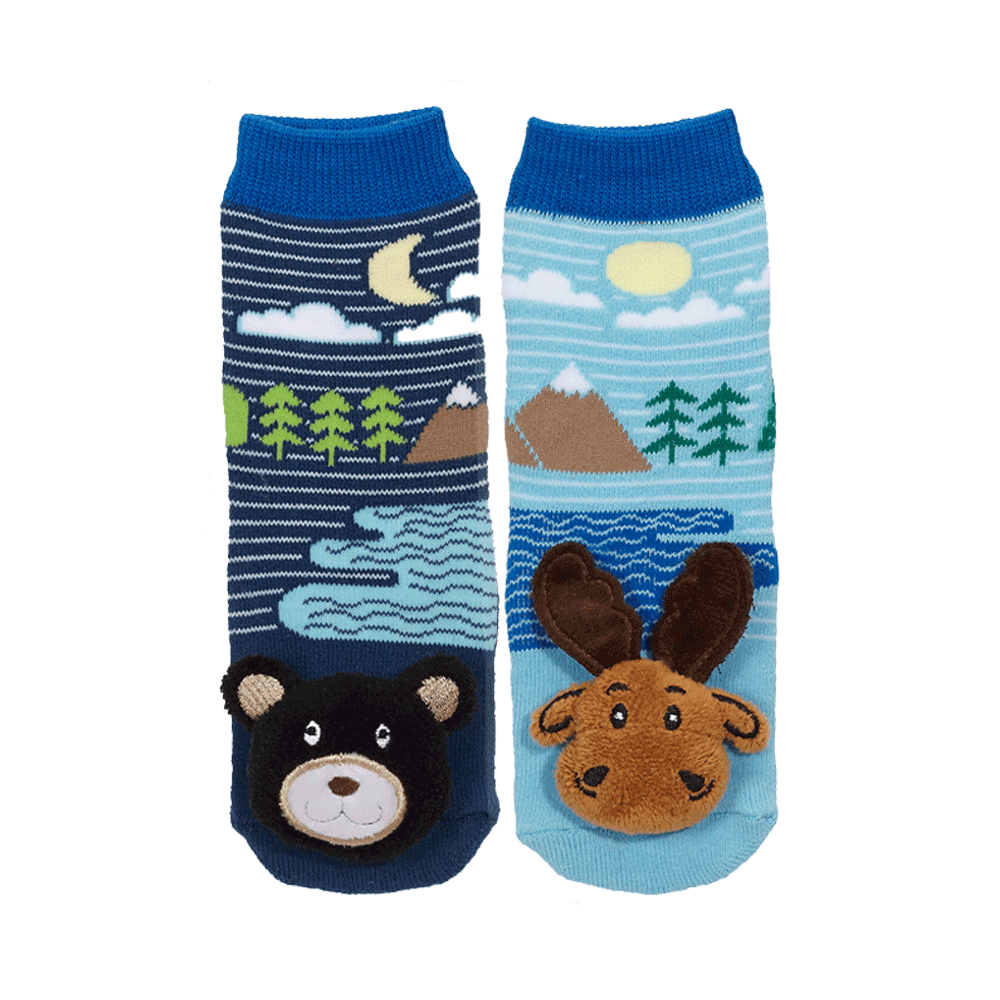 Mismatch! Moose/Black Bear-27057