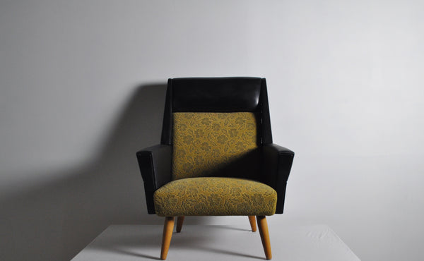Danish mid-century easy chair from the 1950s with original fabric
