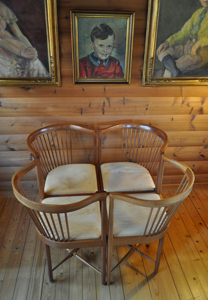 Børge Mogensen set of 4 King of Diamonds chairs