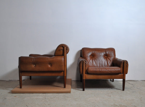 Scandinavian Cognac brown Leather and Rosewood Lounge Chairs, set of 2