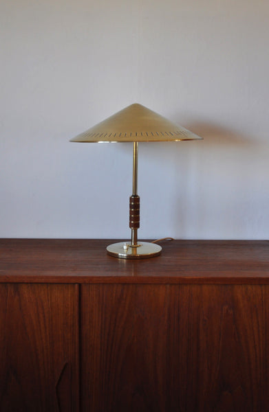 Elegant danish brass table lamp from Lyfa designed by Bent Karlby