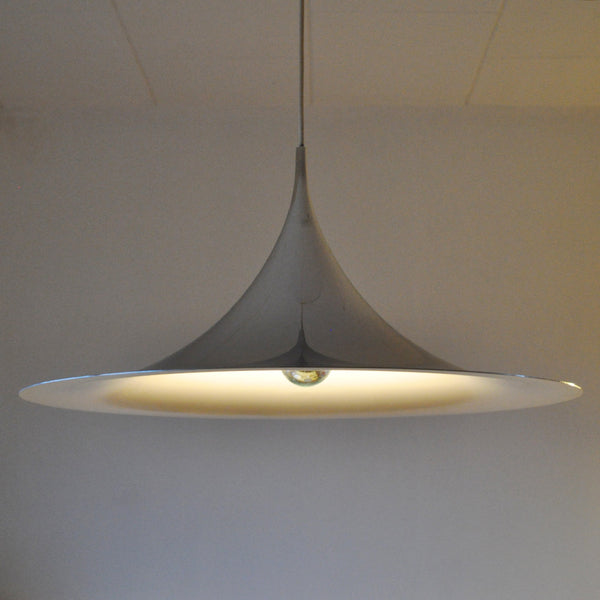 Semi pendant, design by Claus Bonderup and Torsten Thorup