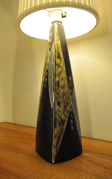Burgundia 50s table lamp and vase by Søholm