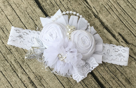 """LAKEN"" White Flower Couture Headband"