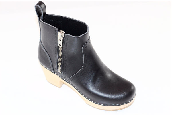 Swedish Hasbeens Women's Zip It Emy Clog Boot - Black Leather