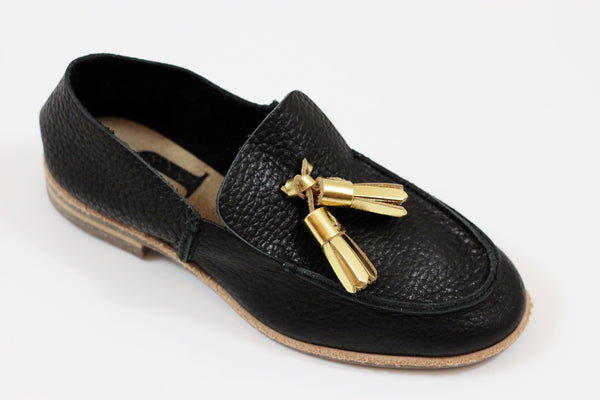 U-Dot Women's Tassle Slip On - Black/Gold Leather