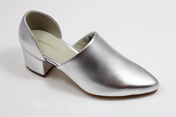 Intentionally Blank Women's Perf Hi Pump - Silver Metallic Leather Side Angle View