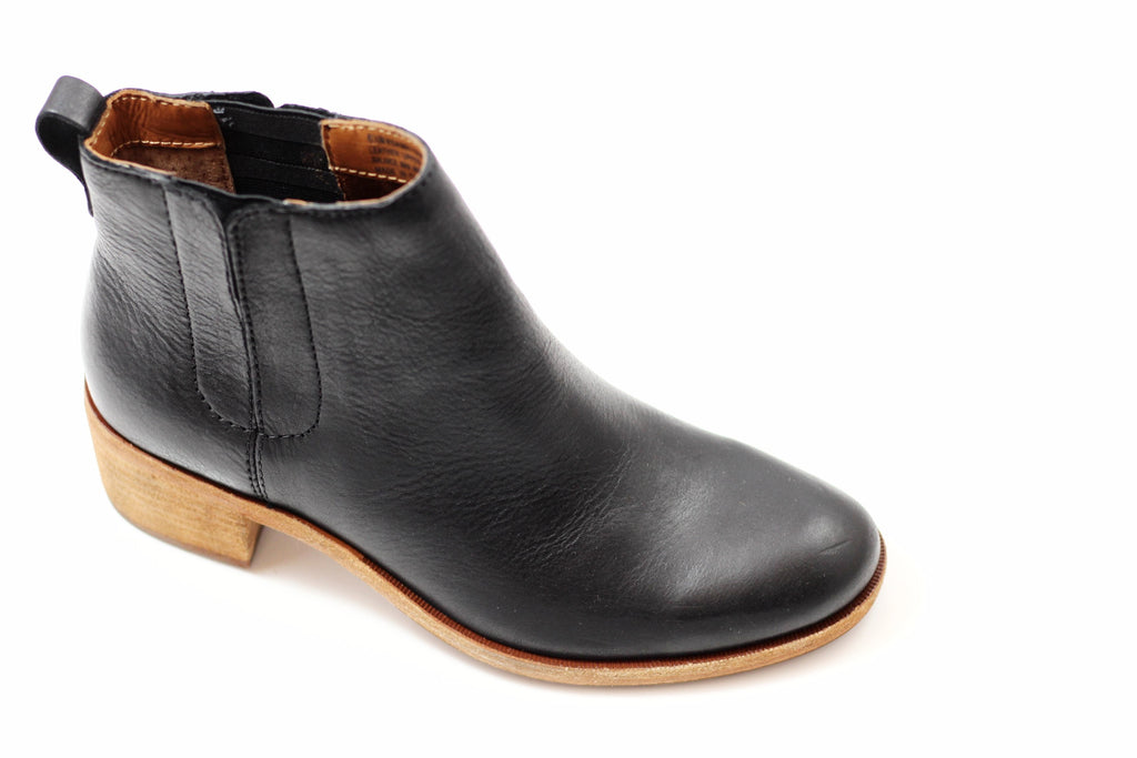 Kork Ease Women's Mindo Boot - Black Leather Side Angle View