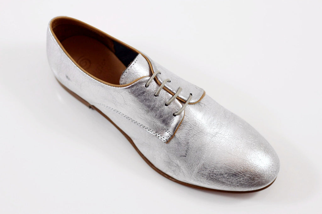 Gidigio Women's GB010150 Oxford - Silver Metallic Leather Side Angle View