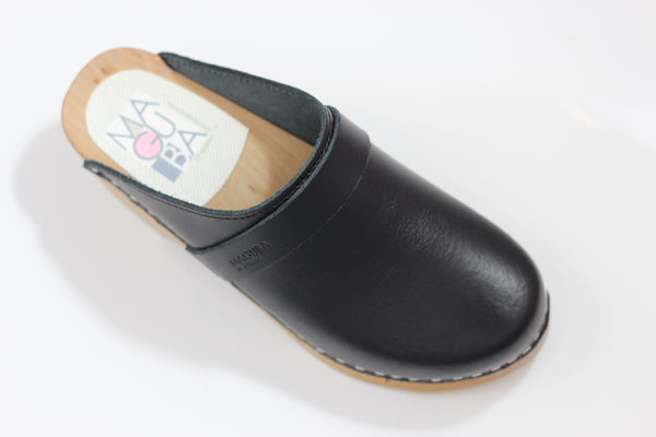 Maguba Women's Berkeley Clog - Black Leather Side Angle View