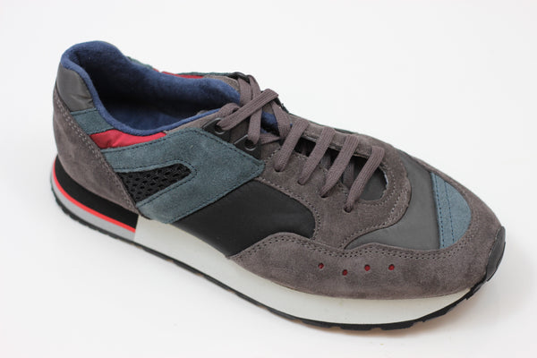 Reproduction of Found Womens 1300FS Sneaker - Charcoal/Black Suede/Satin Side Angle View