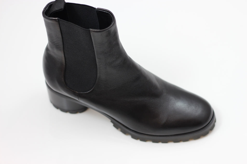 Halmanera Women's Astree25 Chelsea Boot - Black Calf Side Angle View