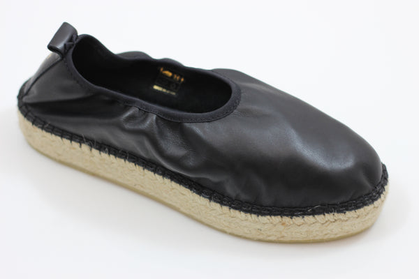 Act Series Women's Edvard Ballet - Black Leather - Side Angle View