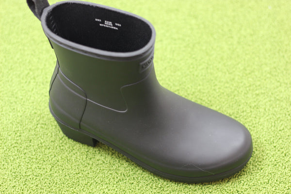 Hunter Women's Original Refined Lo Heel Rainboot - Black Rubber Side Angle View