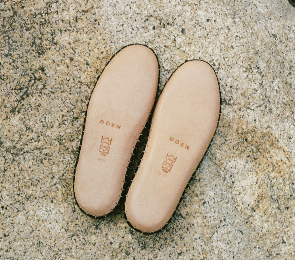 MOCCASIN BABOUCHE -- WESTERN TAN