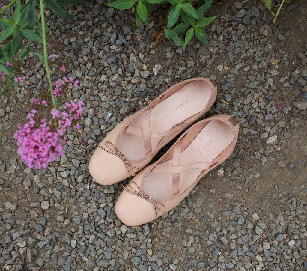 Dance Flat Ballet Slipper in Ballet Pink | DÔEN