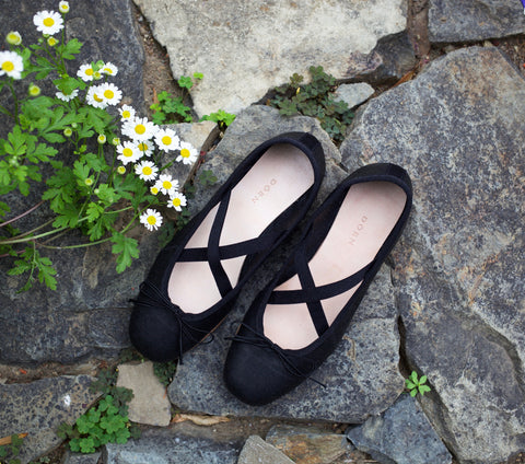 Dance Flat Ballet Slipper in Black | DÔEN
