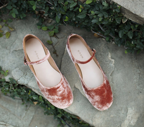 MARY JANE SLIPPER -- ROSE COPPER