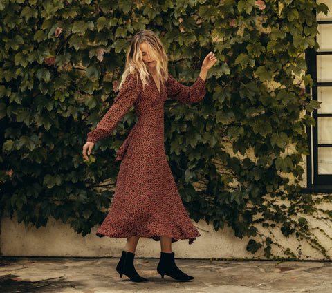 CHARLESTON DRESS -- NAVY/RED CHERRY WILLOW