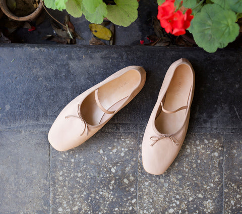 PLIÉ BALLERINA SLIPPER -- BALLET LEATHER