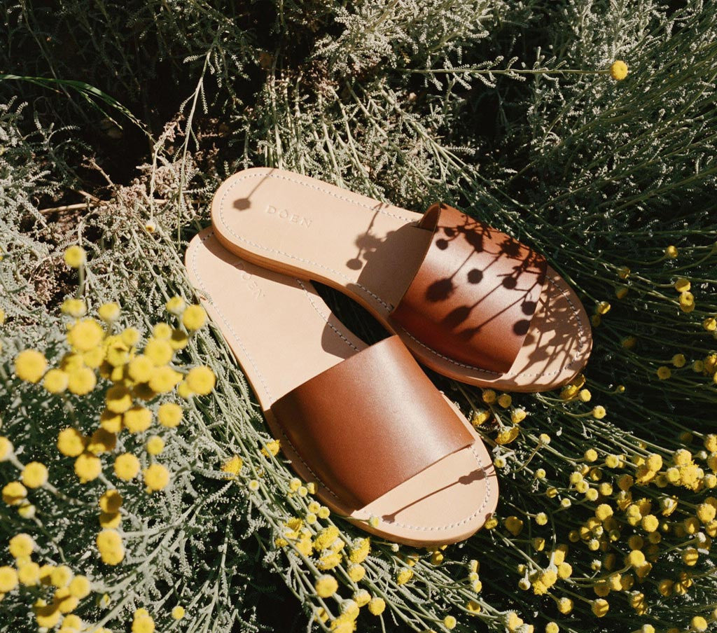 SANTAL SANDAL -- SADDLE