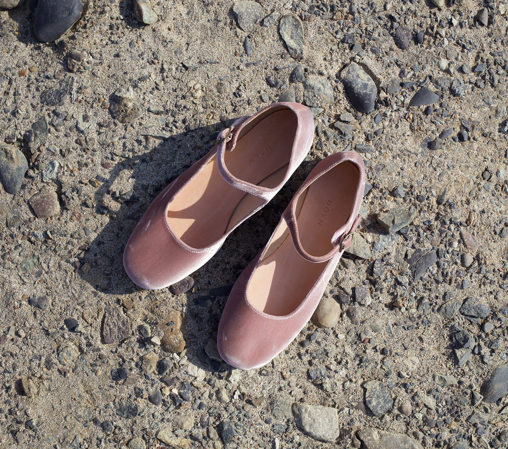 MARY JANE SLIPPER -- DESERT ROSE VELVET