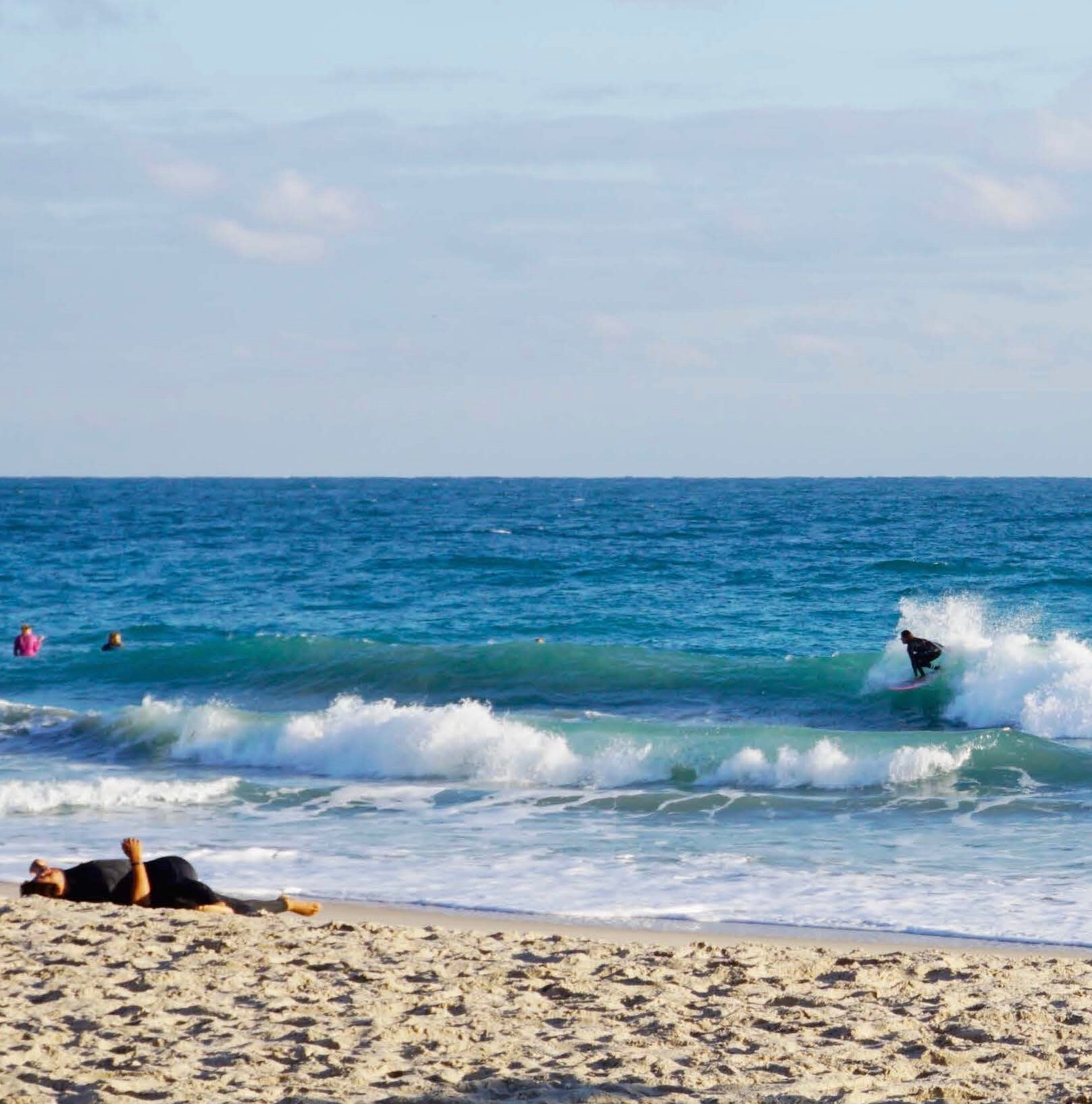 WSL Surfers Warm-Up at Florida Pro Surf sponsored by OMNA Inc. Tourniquet Surfboard Leashes
